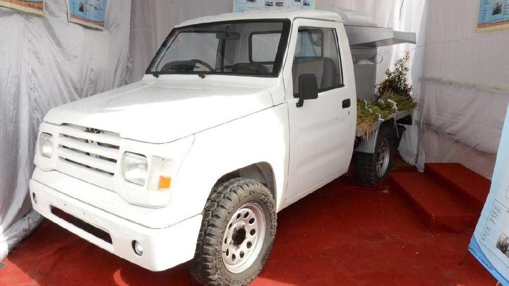 Empat perusahaan otomotif siap memproduksi mobil pedesaan pada tahun ini.
