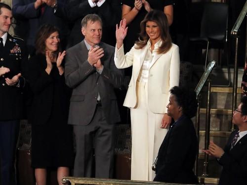 Melania Trump Jalani Operasi Ginjal, Ini Penyebabnya