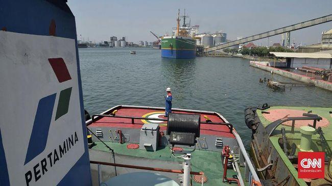 Pertamina Kirim Kapal Pengangkut BBM ke Karimunjawa