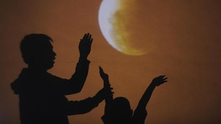 Nobar Gerhana Bulan Total Jadi Sarana Edukasi Astronomi