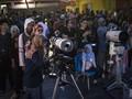 Antusiasme Jakarta Menonton Gerhana Bulan Total