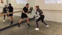 Menurut sang pelatih Boxing dipilih oleh Gigi karena merupakan olahraga yang seimbang antara latihan kardio dan beban. (Foto: Instagram/gigihadid)
