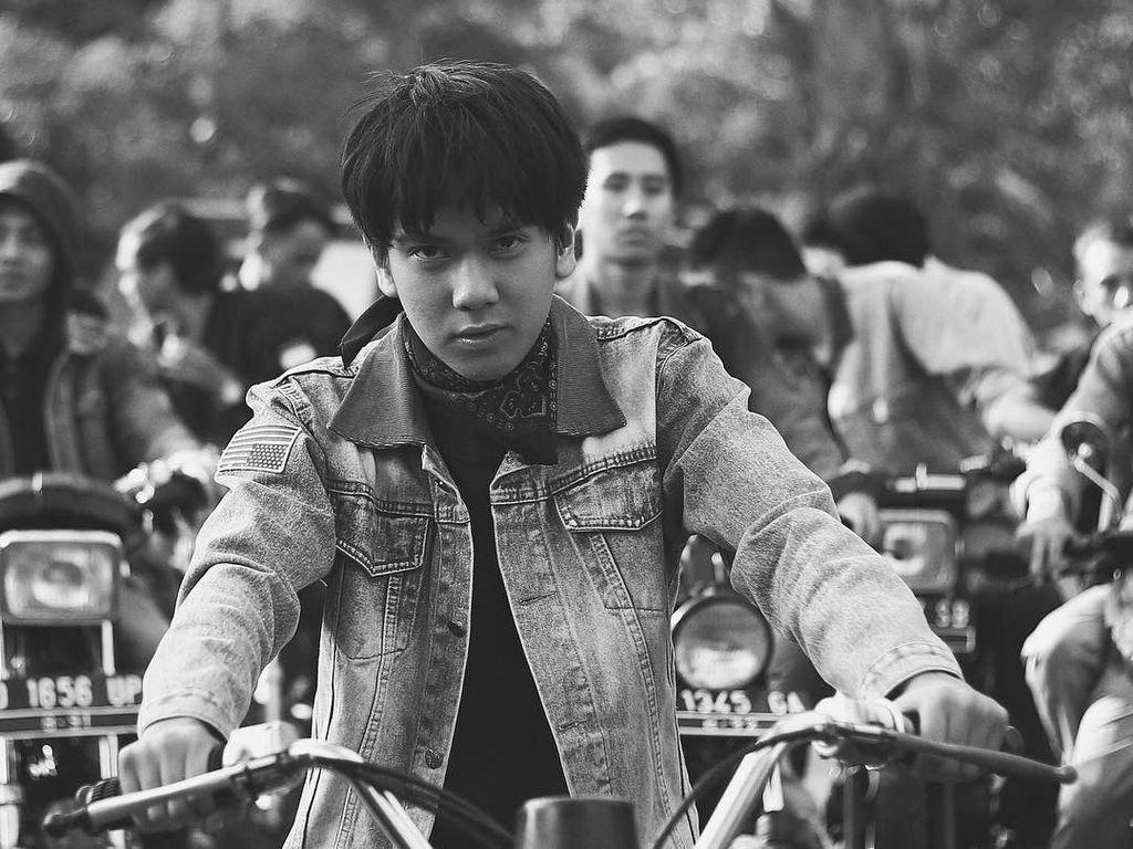 Foto: Transformasi Gaya Iqbaal, Dari Imut Hingga Jadi Pria Tampan di Dilan
