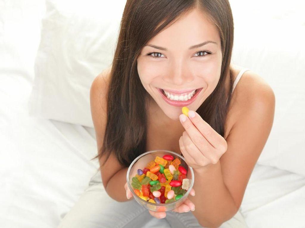 10 Makanan Enak yang Dihindari Dokter Gigi karena Efek Merusak