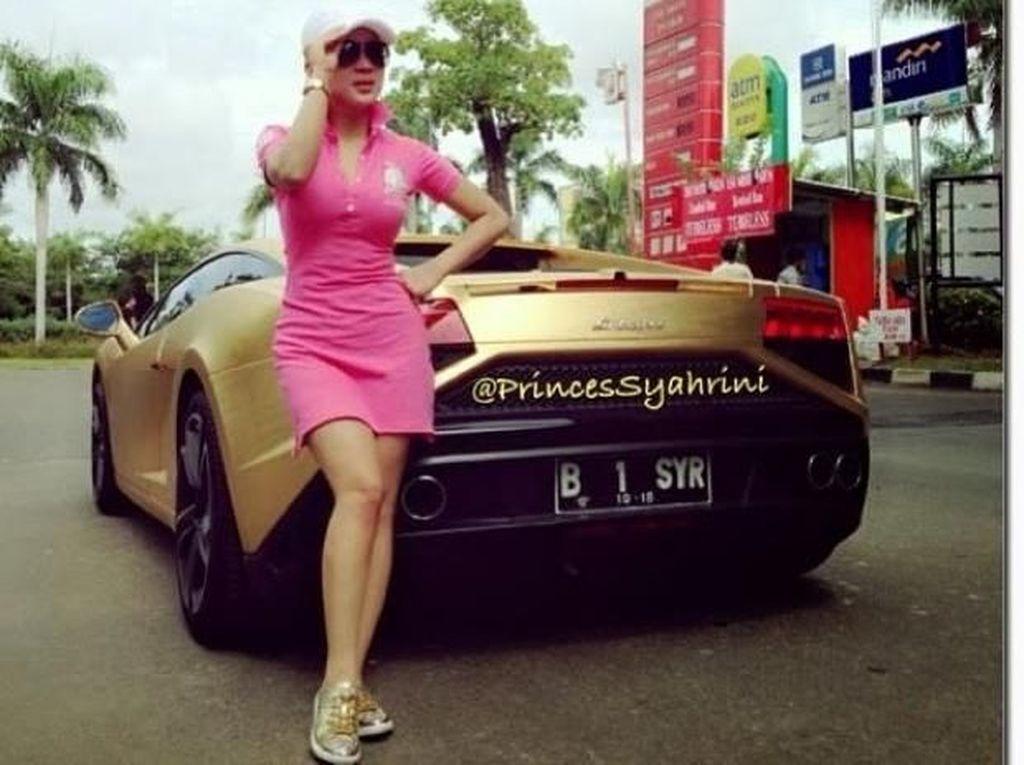 Foto: Intip Gaya Hidup Super Mewah 7 Artis Indonesia