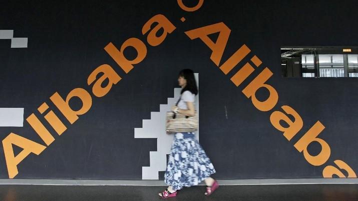 Alibaba Group Holding Inc berhasil memperoleh penjualan sebanyak 84 miliar yuan atau US$ 12 miliar dalam satu jam pertama acara belanja tahunan Singles' Day