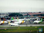 Soal Tiket Pesawat Masih Mahal, Jokowi: Tanya Menhub