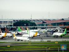 Menhub: Tarif Batas Atas Tiket Pesawat Turun 15%!