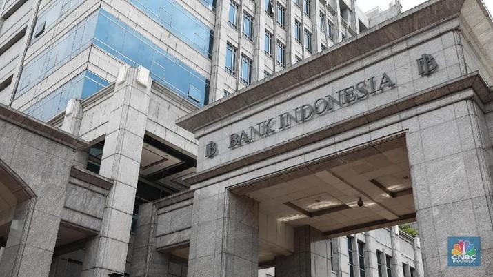 Pada September pertumbuhan kredit 12,7%.