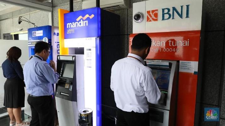 Ternyata Transfer ATM Lebih Diminati daripada Kartu Kredit