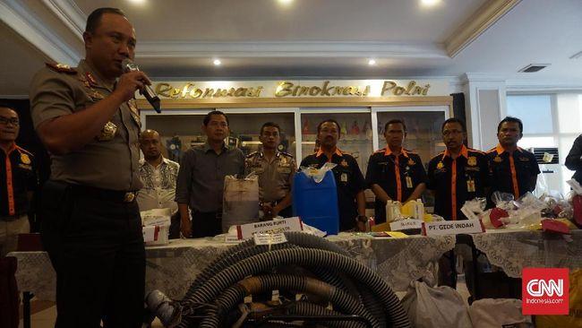 Diduga Buang Limbah ke Citarum, 4 Perusahaan Ditutup Polisi