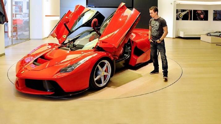 Ferrari dan Fiat Tunjuk Bos Baru