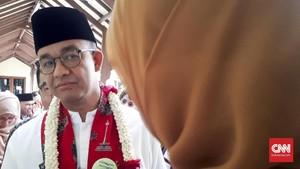 Dipolisikan soal Penutupan Jalan Jatibaru, Anies Bungkam