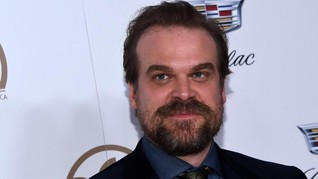 David Harbour Janji Tutup Mulut soal 'Stranger Things'