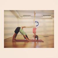 Yuri SNSD gemar melakukan olahraga apa saja, termasuk yoga hingga olahraga air seperti selancar. (Foto: Instagram/yulyulk)