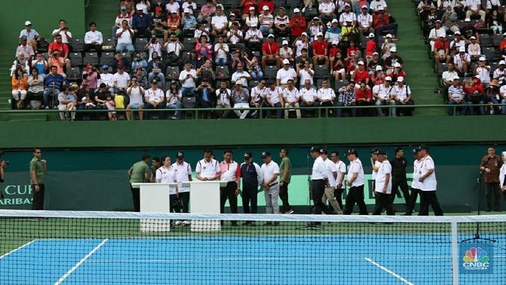 Presiden Joko Widodo meresmikan lapangan tenis indoor dan outdoor di Gelora Bung Karno.
