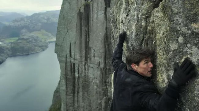 Saingan Tom Cruise dan Henry Cavill di 'Mission Impossible 6'