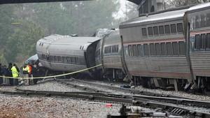 Kereta Api Tergelincir di Taiwan, 17 Tewas Puluhan Luka