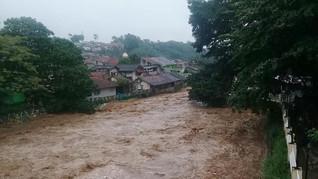 Siaga Banjir, Netizen Protes Anies hingga Sebut 'Dilan 1990'
