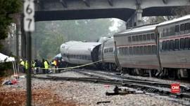 VIDEO: Tabrakan Kereta Amtrak, Dua Tewas dan Ratusan Terluka