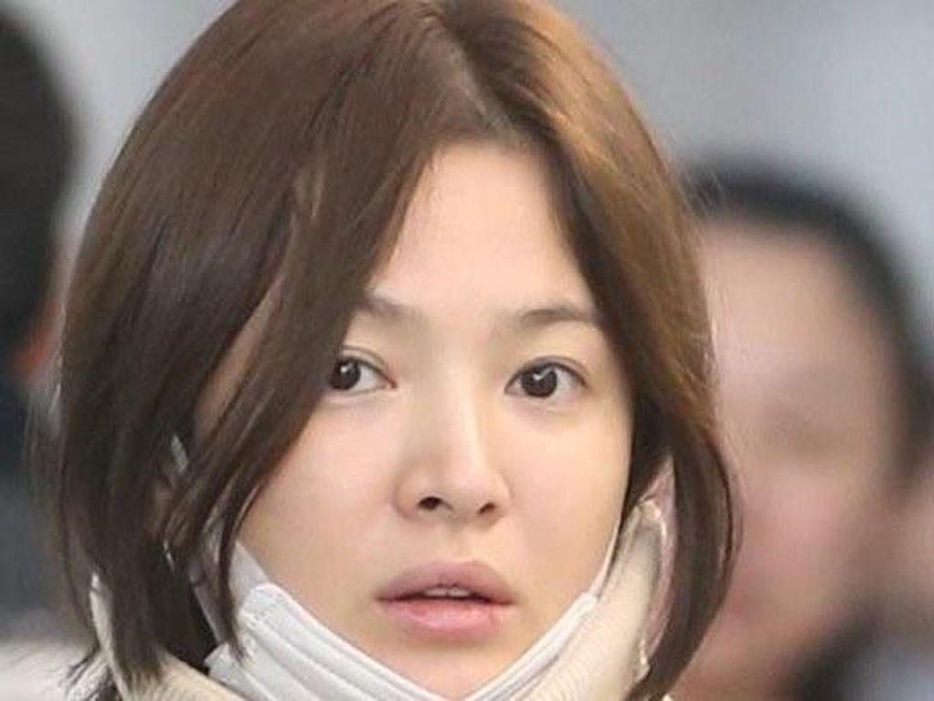 Potret 13 Selebriti Korea yang Tetap Cantik Meski Tanpa Makeup
