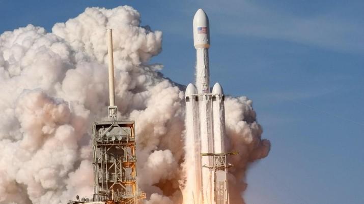 Kenapa Peluncuran Roket SpaceX Bisa Sangat Murah?