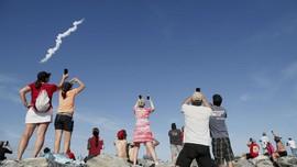 SpaceX Dapat Izin Terbangkan Ribuan Satelit Mini ke Orbit