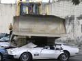 Duterte Hancurkan Kendaraan Mewah Rp79 Miliar