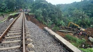 Perjalanan Kereta Api Bogor-Sukabumi Tak Terganggu Longsor