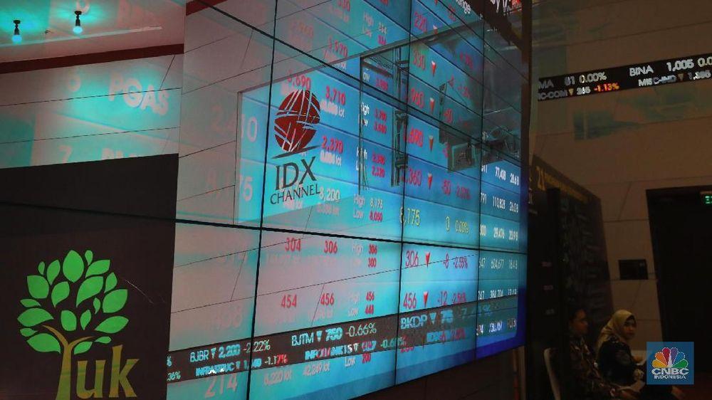 Sentimen positif dan negatif pada perdagangan hari ini diperkirakan akan bertempur untuk saling mengalahkan.(CNBC Indonesia/ Andrean Kristianto)