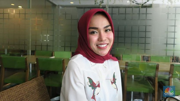 Medina Zein, Calon Bidan yang Sukses Bisnis Klinik Kecantikan