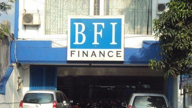 BFIN BFI Finance Klaim Tidak Ada Laporan Kredit Macet Taksi Online