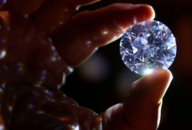 Tak Mahal Ini Cara Merawat Emas Berlian Yang Benar