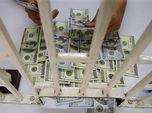 Dolar AS Dibanjiri Sentimen Positif, Rupiah Cs Kian Tertekan