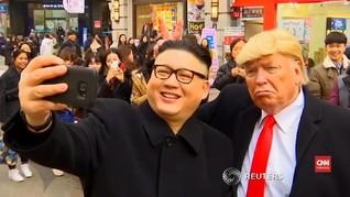 VIDEO: Kala Kim Jong-un dan Trump Palsu Swafoto di Seoul
