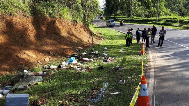Kecelakaan Bus Grup Posyandu Depok di Ciater Akibat Rem Blong