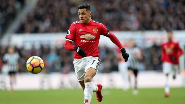 Alexis Sanchez disebut tak lagi diinginkan Ole Gunnar Solskjaer dalam skuat Manchester United. (REUTERS/Scott Heppell)
