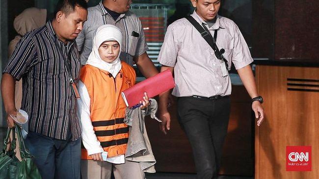 Usai Diperiksa, KPK Tahan Anggota DPRD Kebumen