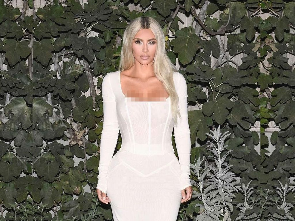 Perubahan Menakjubkan Kim Kardashian, Dulu Gemuk Kini Body Bak Gitar Spanyol
