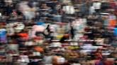 <p>Migrasi terbesar di dunia dimulai ketika jutaan orang di China pulang kampung dalam rangka menyambut tahun baru Imlek yang jatuh pada akhir pekan ini. (Reuters/Aly Song)</p>
