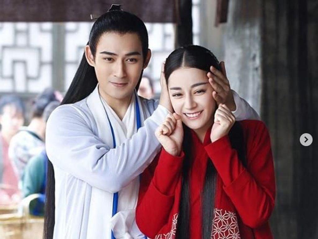 Ia juga aktif dalam drama televisi seperti The Kings Woman. (Dok. Instagram/dear_dlrb)