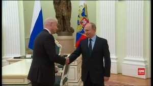 VIDEO:Putin Bertemu Presiden FIFA Bahas Persiapan Piala Dunia