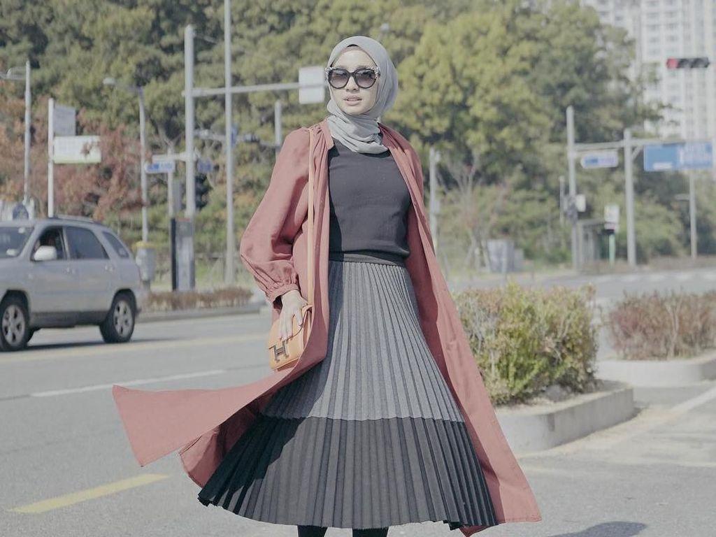 Tren Micro Bag, Ini Gaya 15 Artis Indonesia Pakai Tas Kecil Seharga DP Mobil
