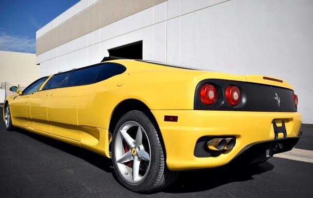 Ferrari Berbadan Panjang ala Limousine