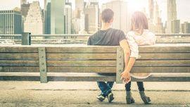 Jatuh Cinta pada Dua Orang di Saat yang Sama