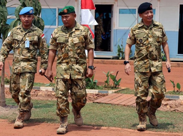 Asisten Operasi Kasad Kunjungi Pasukan Garuda di Afrika