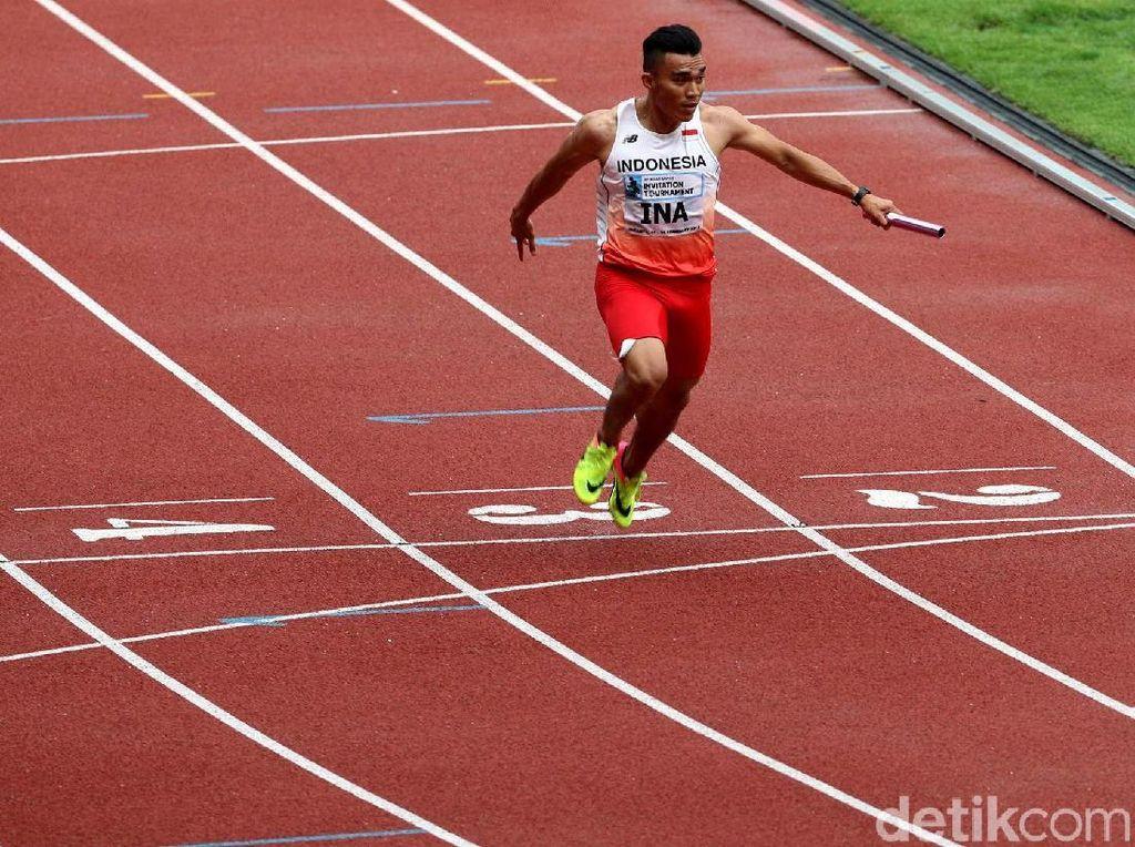 Para atlet lari Indonesia mencatatkan waktu tercepat yaitu 39.00 detik.