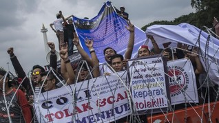 Jokowi 'Teleconference' Dengan Perwakilan Demo Taksi Online