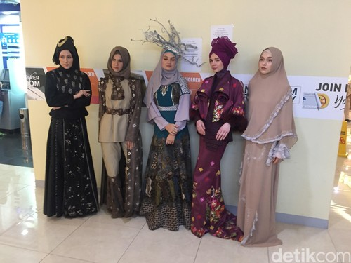 Tenun Payakumbuh Bakal Eksis di London Fashion Week