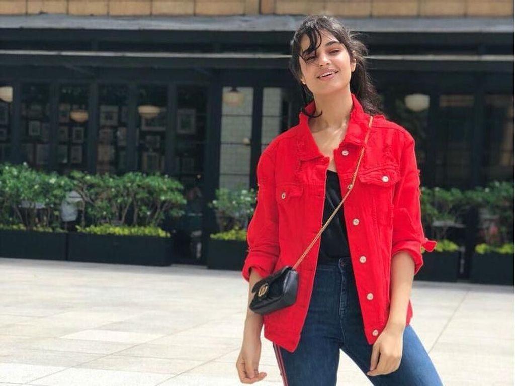 10 Pesona Kecantikan Kareena Kaur, Anak Tiri Bunga Zainal yang Menawan